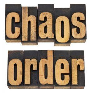 caos y orden palabras inglés